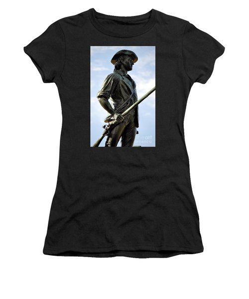 Minute Man Statue Concord Massachusetts Women's T-Shirt