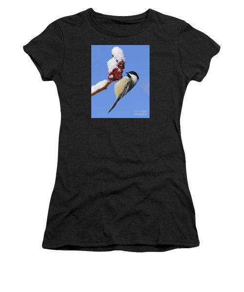 Chickadee Love... Women's T-Shirt