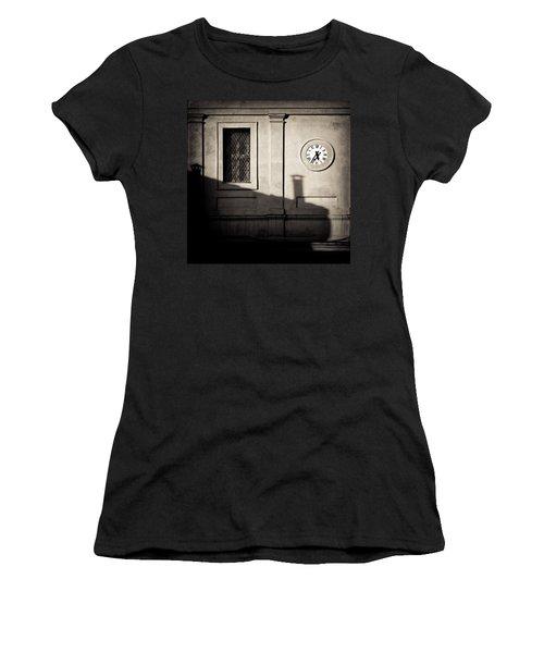 5.35pm Women's T-Shirt