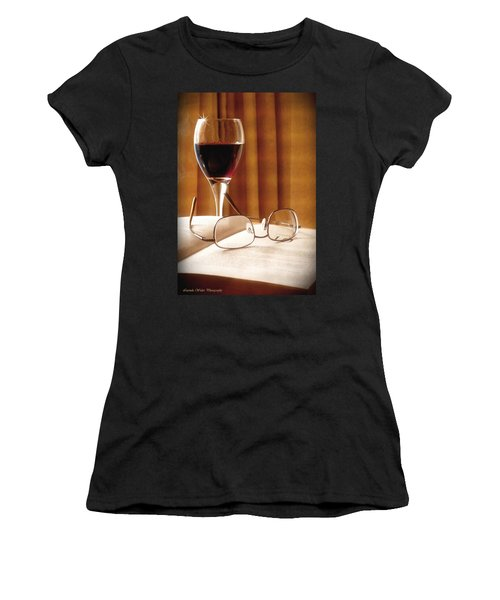 A Good Book And A Glass Of Wine Women's T-Shirt