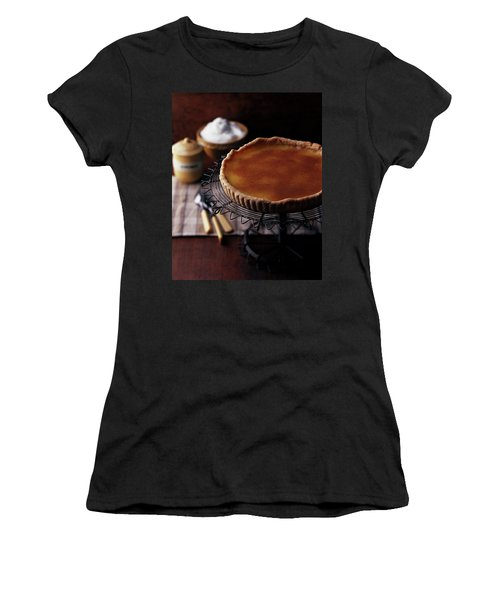 A Vinegar Pie On A Wire Stand Women's T-Shirt