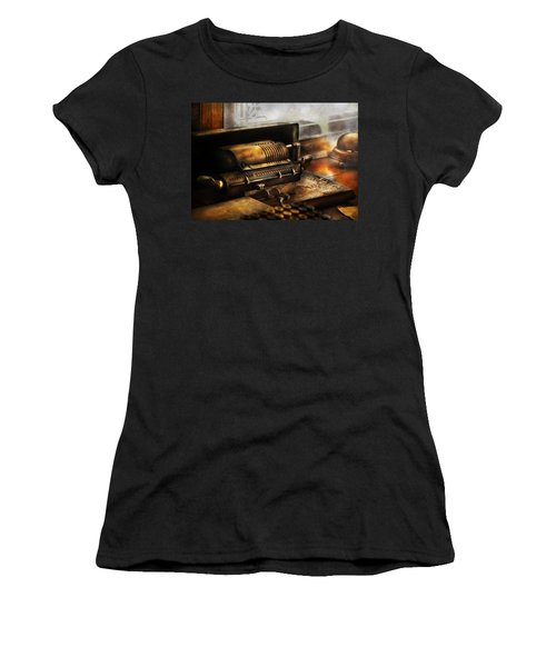 Accountant - The Adding Machine Women's T-Shirt (Athletic Fit)