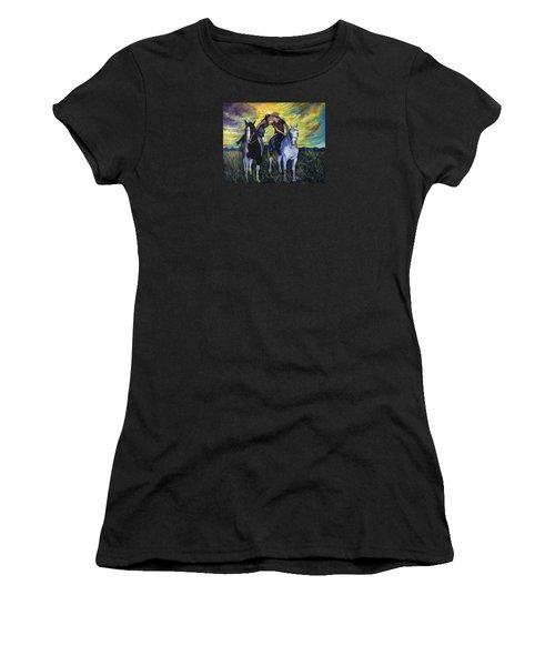 Alberta Kiss Women's T-Shirt (Athletic Fit)