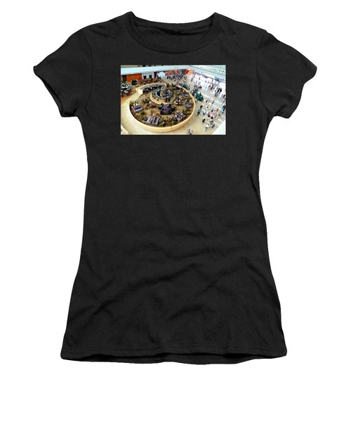 An Aerial View Of The Marina Bay Sands Hotel Lobby Singapore Women's T-Shirt
