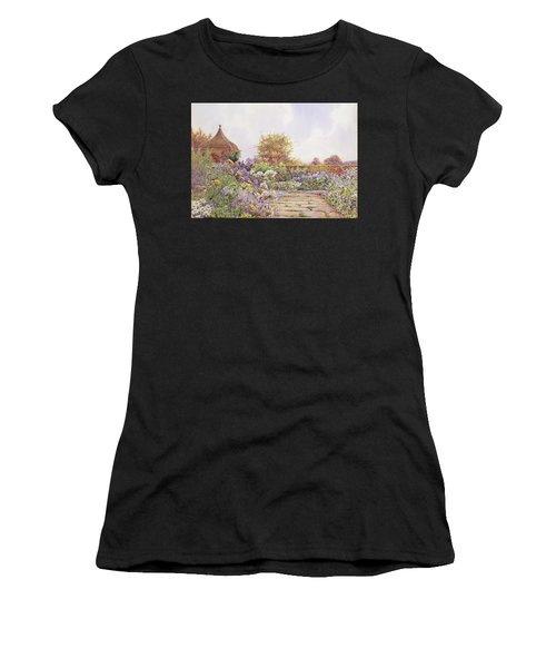 An English Country Garden Women's T-Shirt