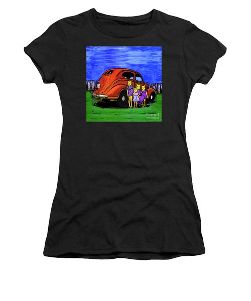 Aunt Laverne And The Kitties Women's T-Shirt (Athletic Fit)
