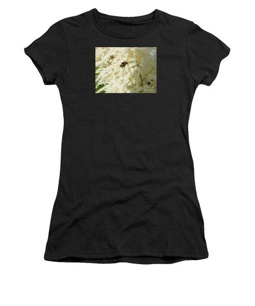 Bee Gathering Pollen Women's T-Shirt