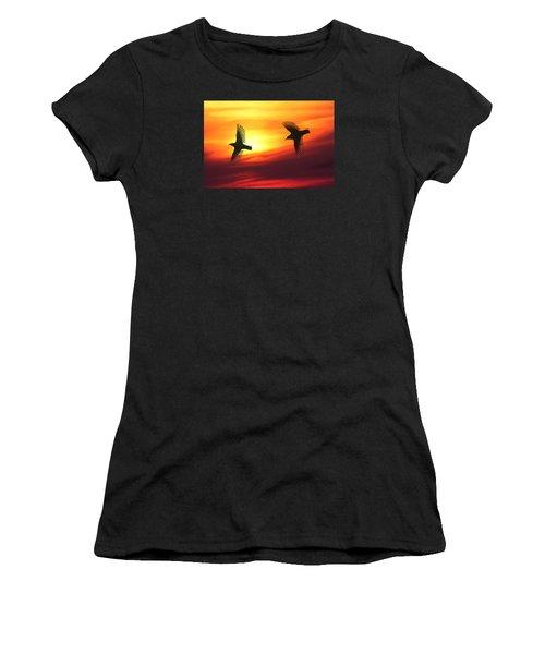 Bird Lovers Women's T-Shirt