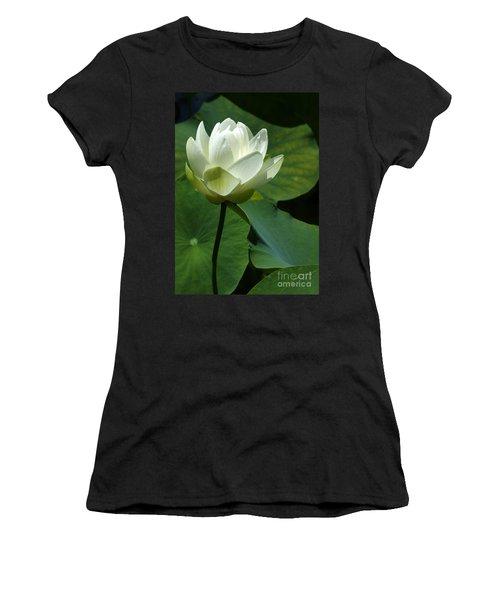 Blooming White Lotus Women's T-Shirt