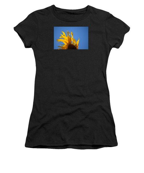 Blow Back Women's T-Shirt (Athletic Fit)
