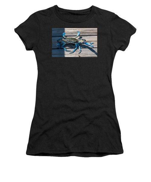 Blue Crab Pincher Women's T-Shirt