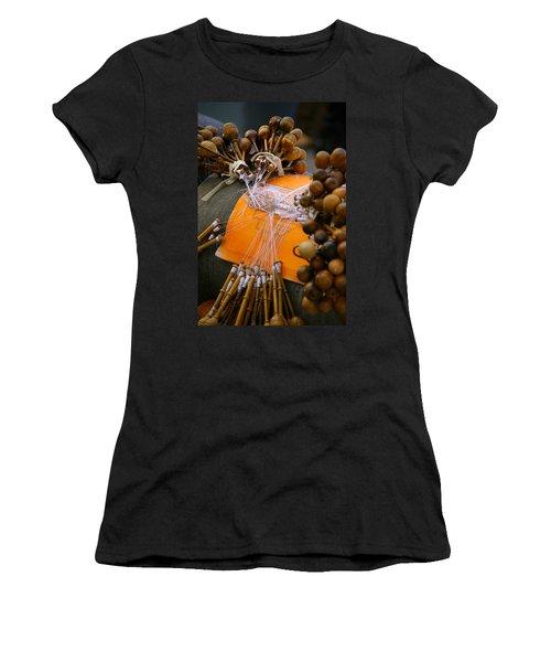 Bobbin Lace Women's T-Shirt (Athletic Fit)