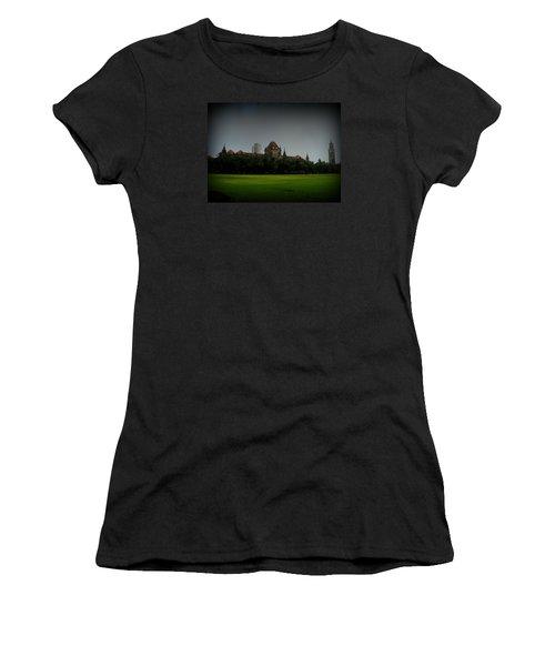 Women's T-Shirt (Junior Cut) featuring the photograph Bombay High Court by Salman Ravish