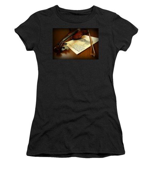 Women's T-Shirt (Junior Cut) featuring the photograph Broken String by Lucinda Walter