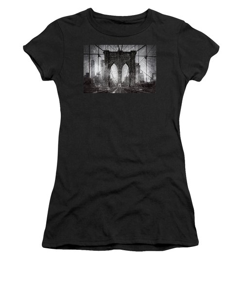 Brooklyn Bridge Snow Day Women's T-Shirt (Athletic Fit)