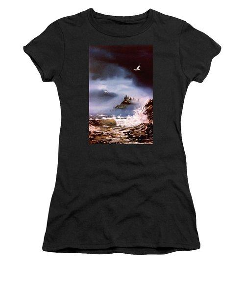 Cannon Beach Oregon Women's T-Shirt (Athletic Fit)