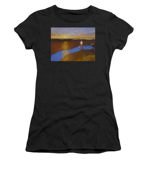 Cape Cod Clamming Women's T-Shirt (Athletic Fit)