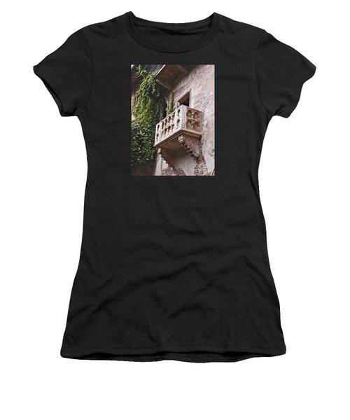 Casa Di Giulietta Women's T-Shirt (Athletic Fit)