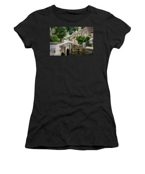 Castle Combe Cotswolds Village Women's T-Shirt (Athletic Fit)