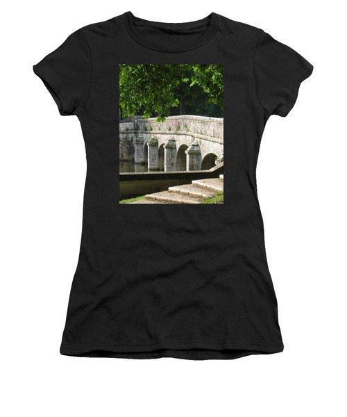 Chateau Chambord Bridge Women's T-Shirt (Athletic Fit)