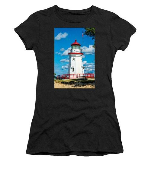 Cheboygan Crib Women's T-Shirt (Athletic Fit)
