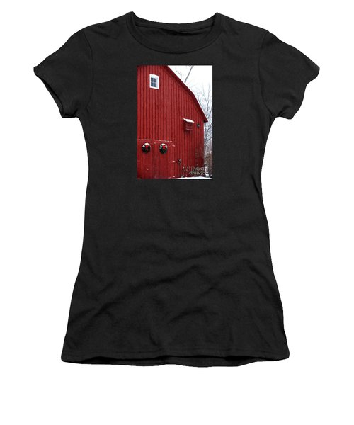 Women's T-Shirt featuring the photograph Christmas Barn 4 by Linda Shafer