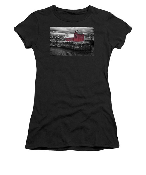 Christmas In Rockport New England Women's T-Shirt (Athletic Fit)
