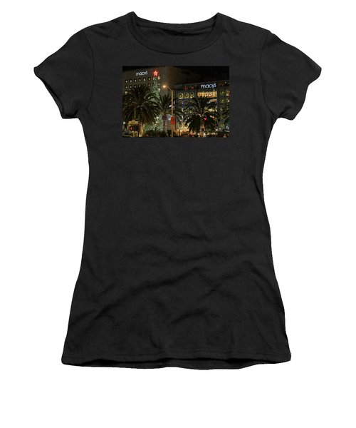 Christmas Tree At Union Square Women's T-Shirt