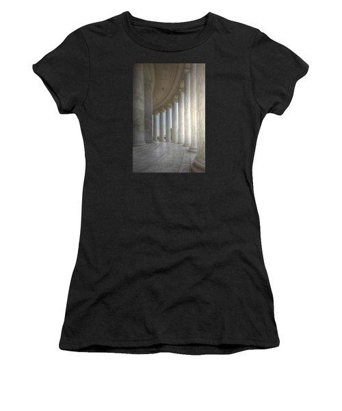 Circular Colonnade Of The Thomas Jefferson Memorial Women's T-Shirt