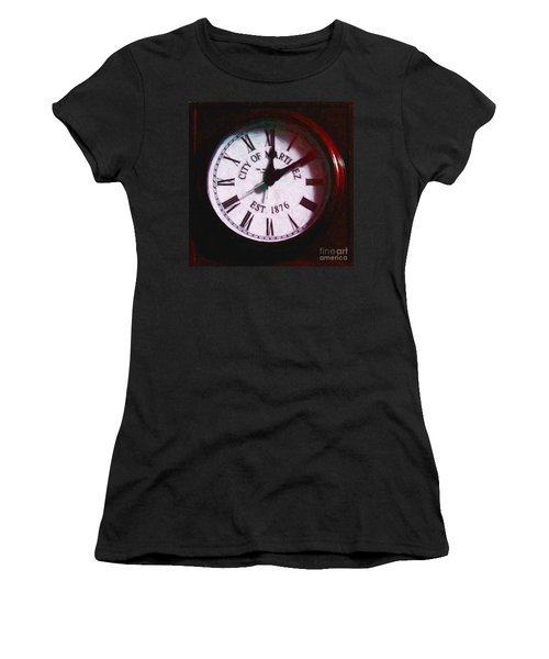 City Of Martinez California Town Clock - 5d20862 - Painterly Women's T-Shirt