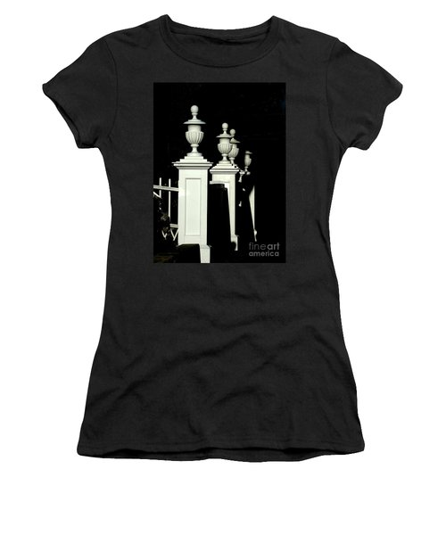 Colonial Fence Women's T-Shirt (Athletic Fit)