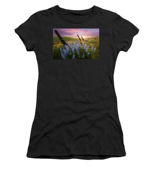 Columbia Hills Sunset Women's T-Shirt