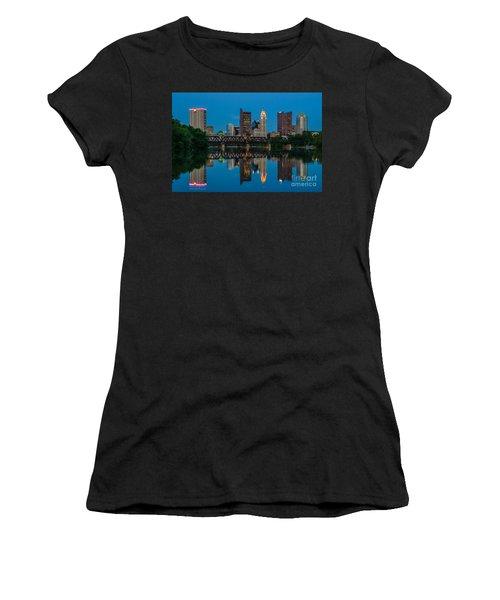 Columbus Ohio Night Skyline Photo Women's T-Shirt