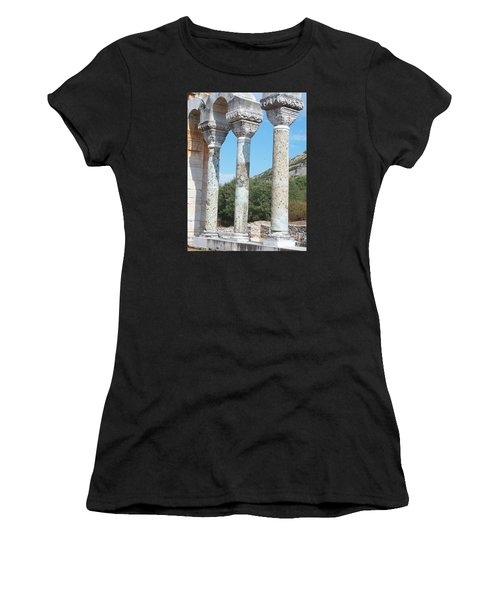 Columns Women's T-Shirt (Athletic Fit)