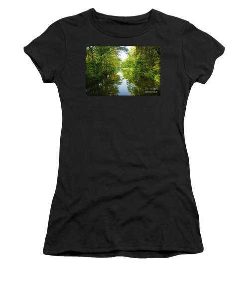 D And R Canal  Women's T-Shirt (Athletic Fit)