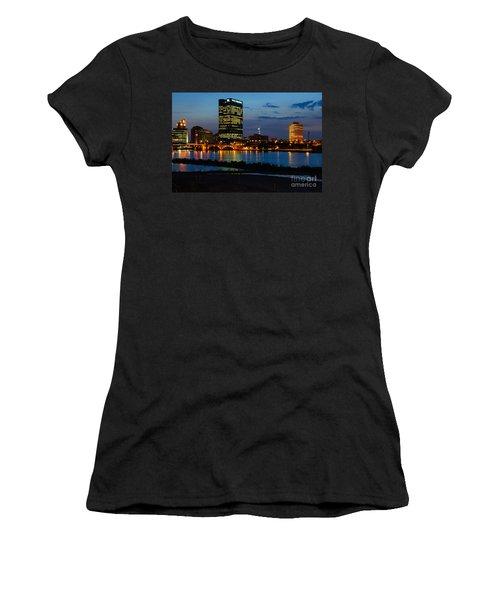 D12u152 Toledo Ohio Skyline Photo Women's T-Shirt
