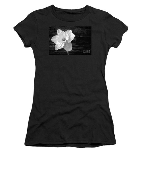 Daffodil Narcissus Flower Black And White Women's T-Shirt