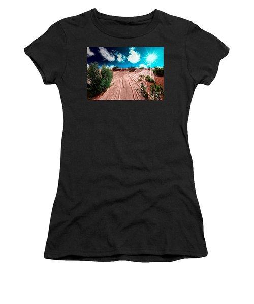 Desert Rays Women's T-Shirt (Athletic Fit)