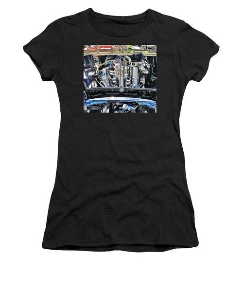 Details Women's T-Shirt (Athletic Fit)