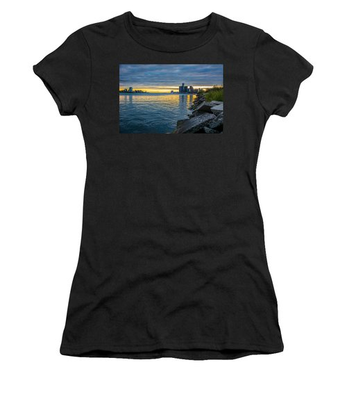 Detroit Sunset Women's T-Shirt (Athletic Fit)