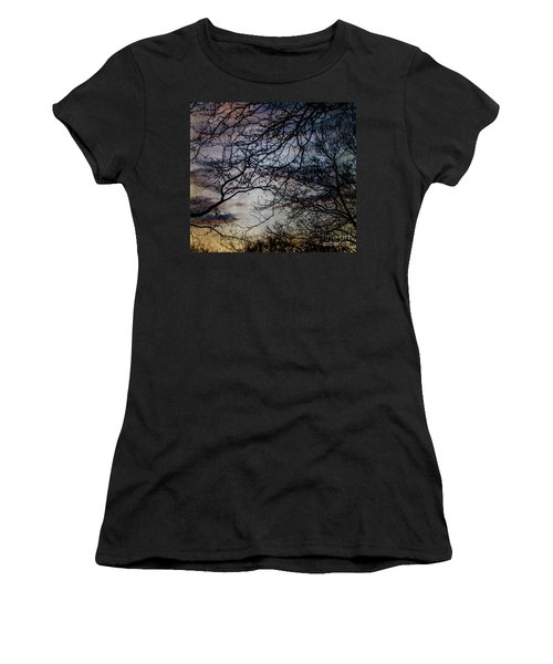 Dreamy 2 Women's T-Shirt (Athletic Fit)