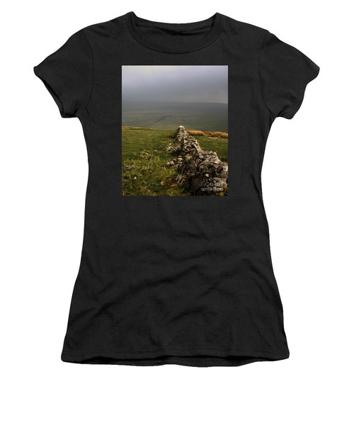 Drystone Wall  Misty Day Kettlewell Wharfedale North Yorkshire England Women's T-Shirt