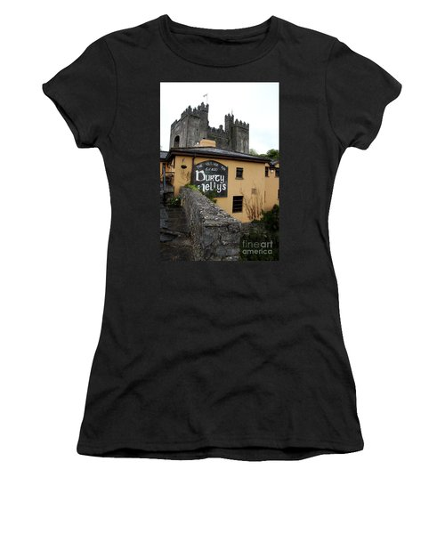 Durty Nellys And Bunraty Castle Women's T-Shirt (Junior Cut) by Christiane Schulze Art And Photography