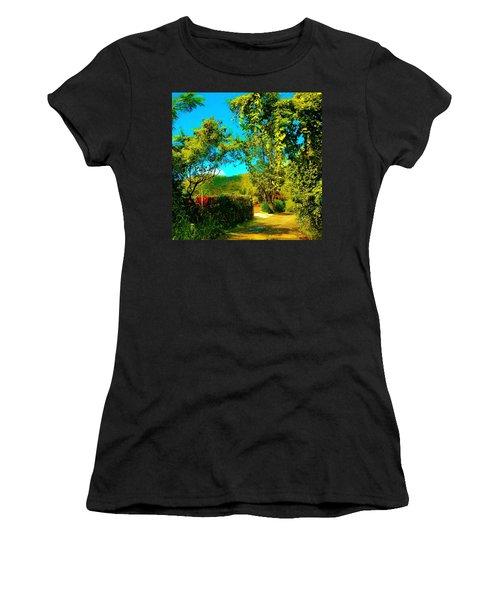 East End St. John's Usvi Women's T-Shirt (Athletic Fit)