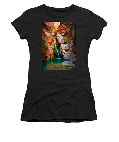 Elves Chasm Women's T-Shirt (Athletic Fit)