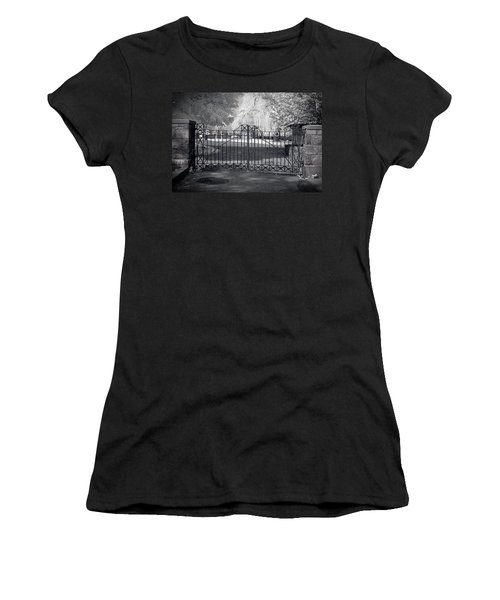Entry To Salem Willows Women's T-Shirt