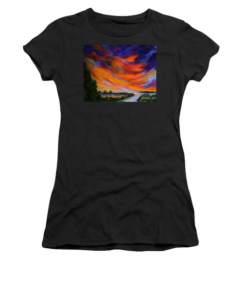 Espiritu Del Cielo Women's T-Shirt (Athletic Fit)