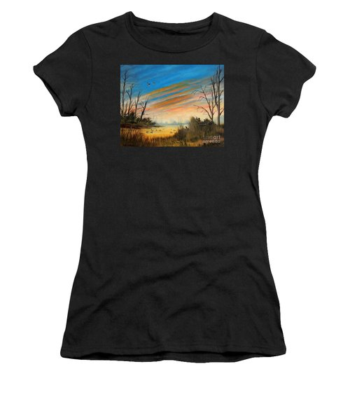 Evening Duck Hunt Women's T-Shirt (Athletic Fit)