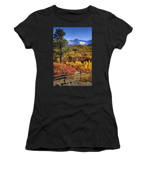 Fall At Dallas Divide Women's T-Shirt (Athletic Fit)