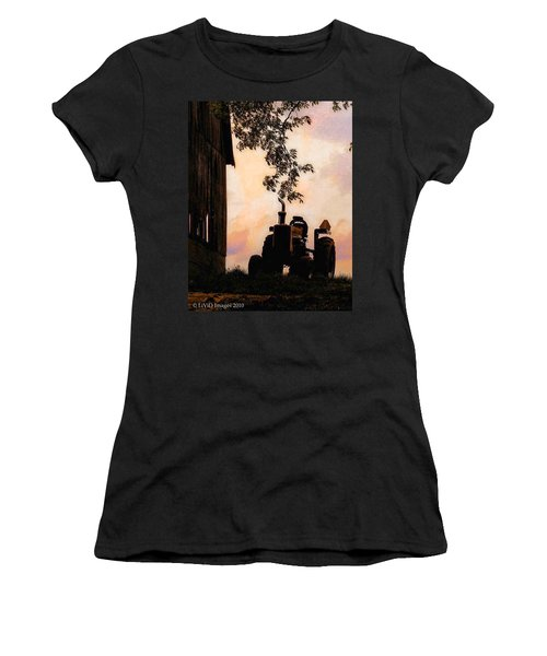 Farmers Sunset Women's T-Shirt (Athletic Fit)